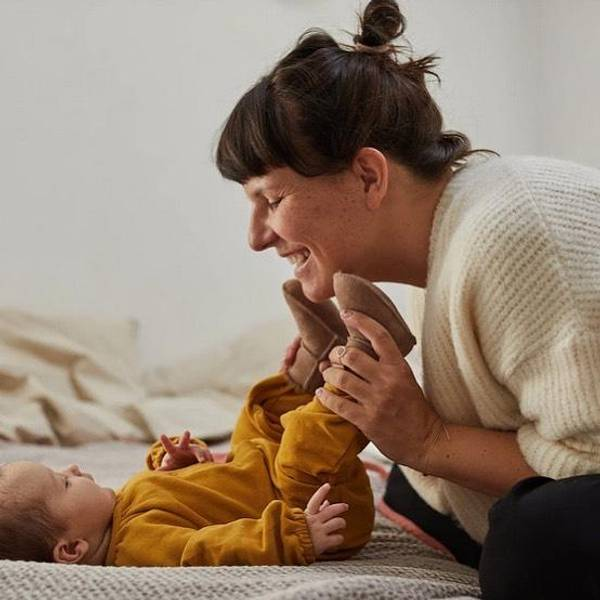 Bilde av Saueskinnstøfler - Baby - Beige/Hvit - Vanuba