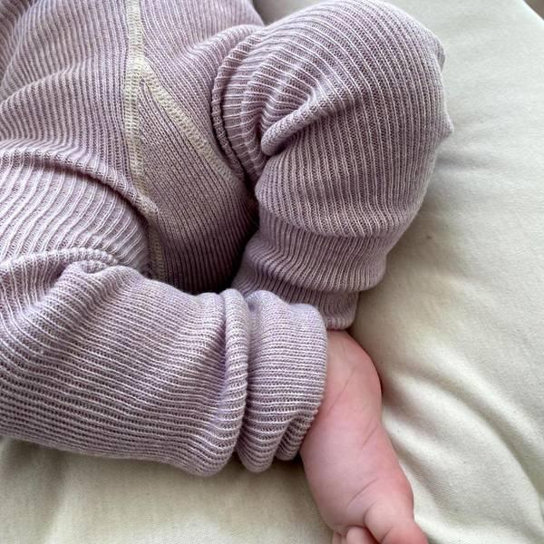 Bilde av Babytights Rib med Sele - Silly Silas - Creamy Lavender