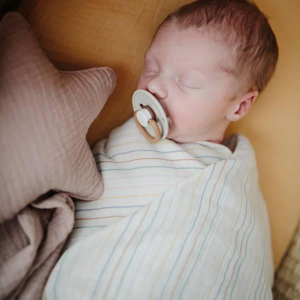 Bilde av Swaddle - 100% Økologisk Musselin 120x120 -Mushie -Retro