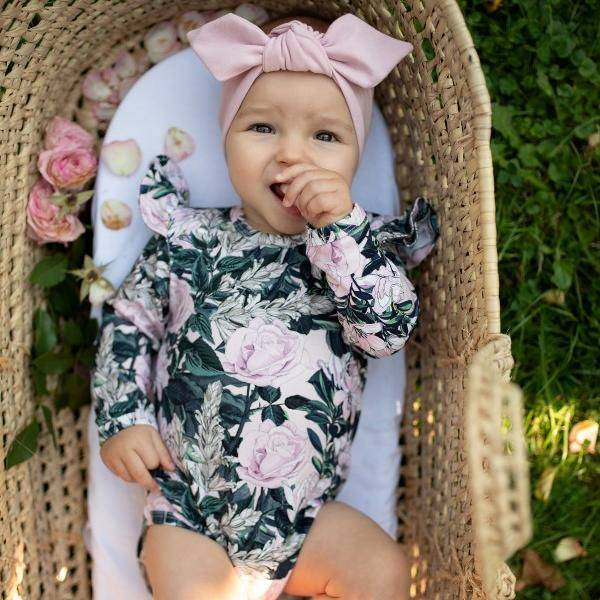 Bilde av Baby Body & Lue 56/62 - Babyklær - Hey Popinjay - Roses by