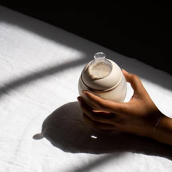 Bilde av Tåteflaske i Silikon - Elhee - 150ml - Sand