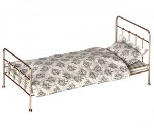 Bilde av Metall romantisk vintage seng medium i gull fra Maileg