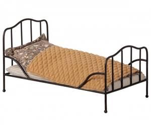 Bilde av Metall mini romantisk vintage seng i antracite fra Maileg