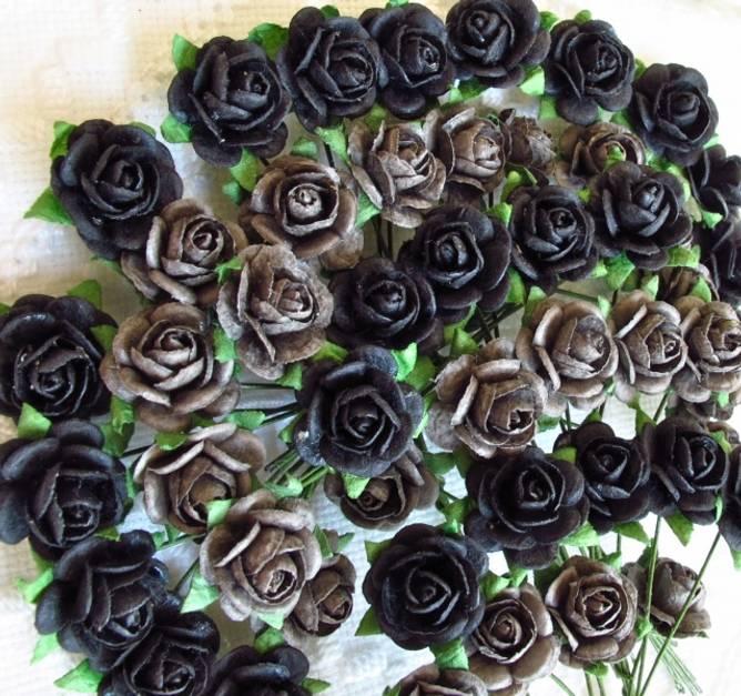 Bilde av Nr 44, Roser 1,2 Grå og sort