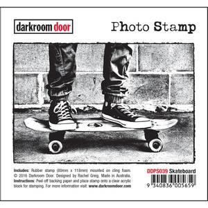 Bilde av Darkroom Door Photo Stamp - Skateboard