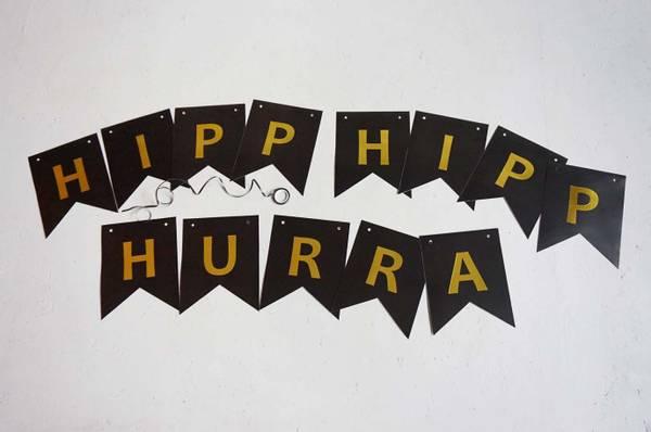 Bilde av 12 stk | Bursdagsbanner, HIPP HIPP HURRA,