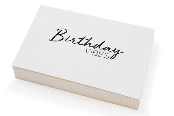 Bilde av 50 stk   Birthday vibes   10x15 cm