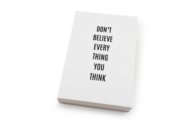 Bilde av 50 stk | Don't belive everything you think |