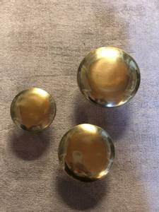 Bilde av Knagg, rund i gull S