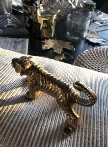 Bilde av Knagg tiger gullfarget