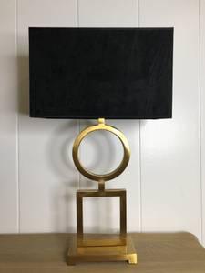 Bilde av Riverside Bordlampe med sort