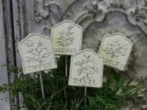 Bilde av Sett med 4 plantepinner til