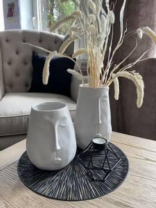 Bilde av Face Vase, hvit 19cm
