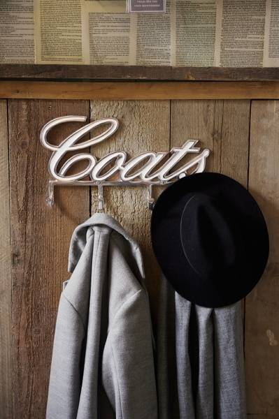 Coats Hanger -med emalje