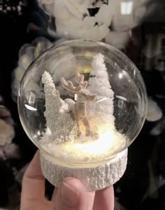 Bilde av Glasskule med reinsdyr, LED