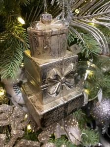 Bilde av Julepakke-stabel, juletrepynt