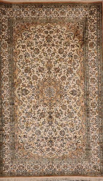 Bilde av Kashmir silke str 159 x 101