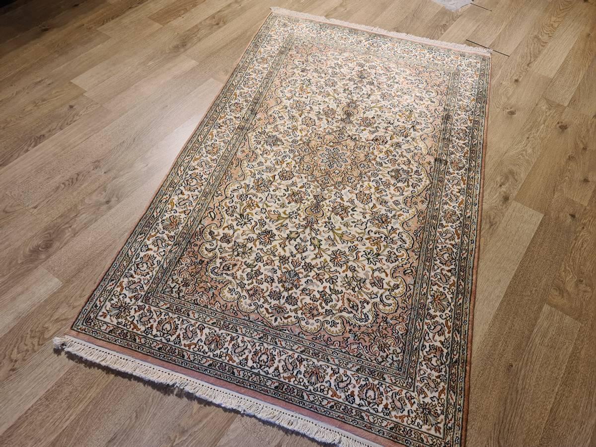 Kashmir silke str 159 x 101