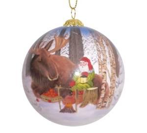 Bilde av Håndmalt julekule i glass - Nisse og elg