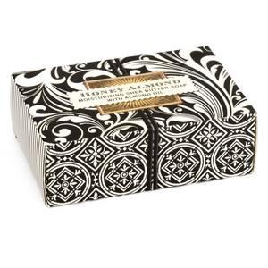 Bilde av 6 STK SOAX182 HONEY ALMOND BOXED SINGLE SOAP