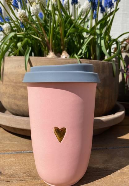 Takeaway krus, rosa med hjerte