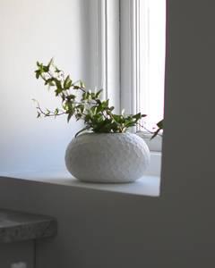 Bilde av Storefactory - Runsten keramikkvase hvit