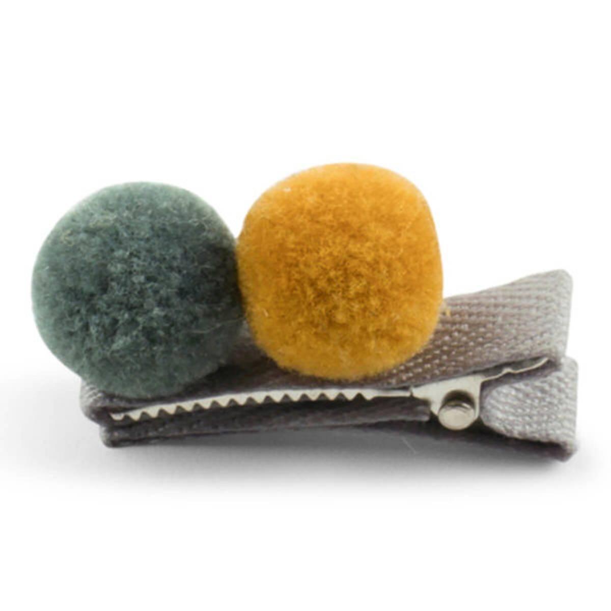 Lillelam hårspenne 2 pompom- oker og grønn