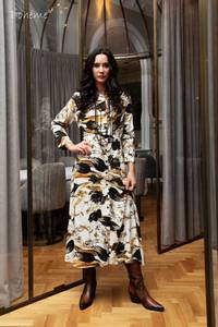 Bilde av Lang kjole B11613