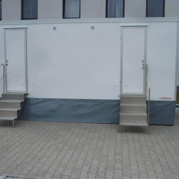 Bilde av Toalettvogn VIP med 4 toalett og 5 pissoare, med