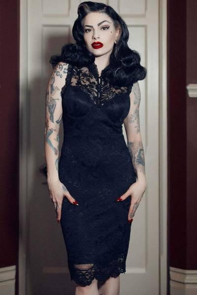 Bilde av Laced-Up Bodycon Dress