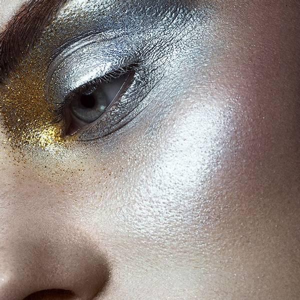 Bilde av Metallic cream eyeshadow
