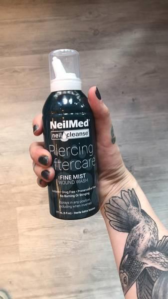 Bilde av NeilMed piercing aftercare