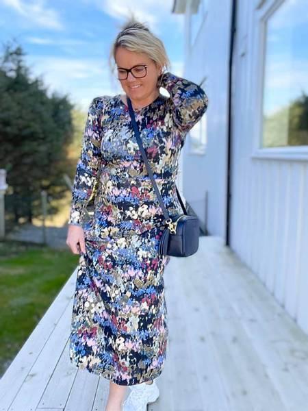 Bilde av Prue dress blå