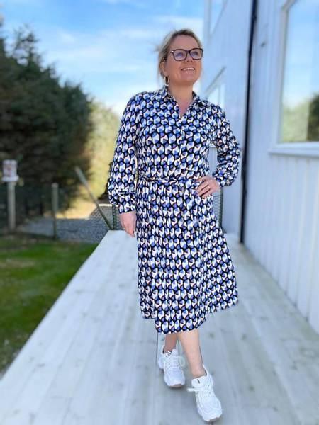 Bilde av Must dress Blå