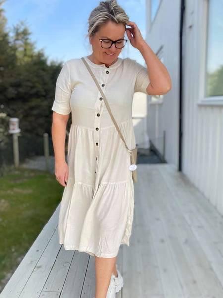 Bilde av Linen dress offwhite
