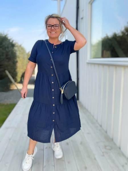 Bilde av Linen dress marineblå