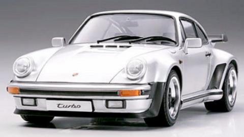 Bilde av 1:24 Porsche 911 Turbo '88