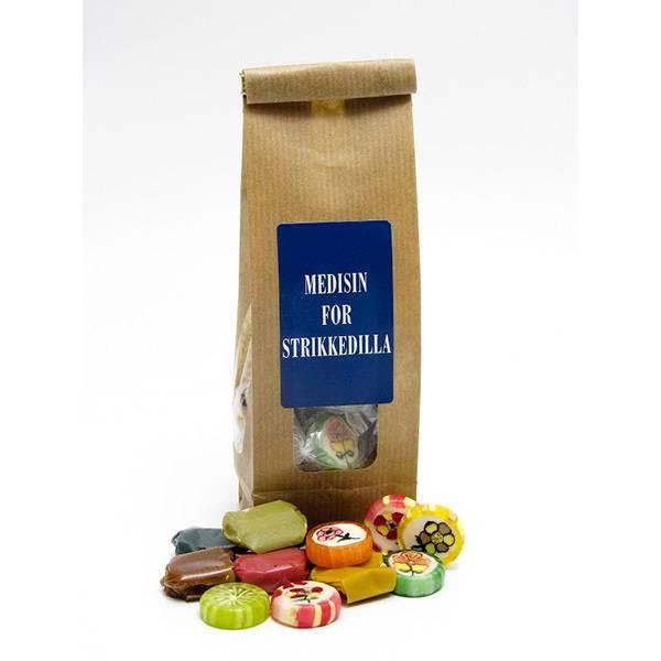 Gavepose Medisin for strikkedilla Tante Pose