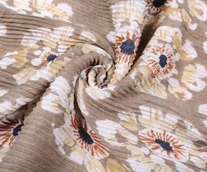 Bilde av Beige plissert blomster skjerf