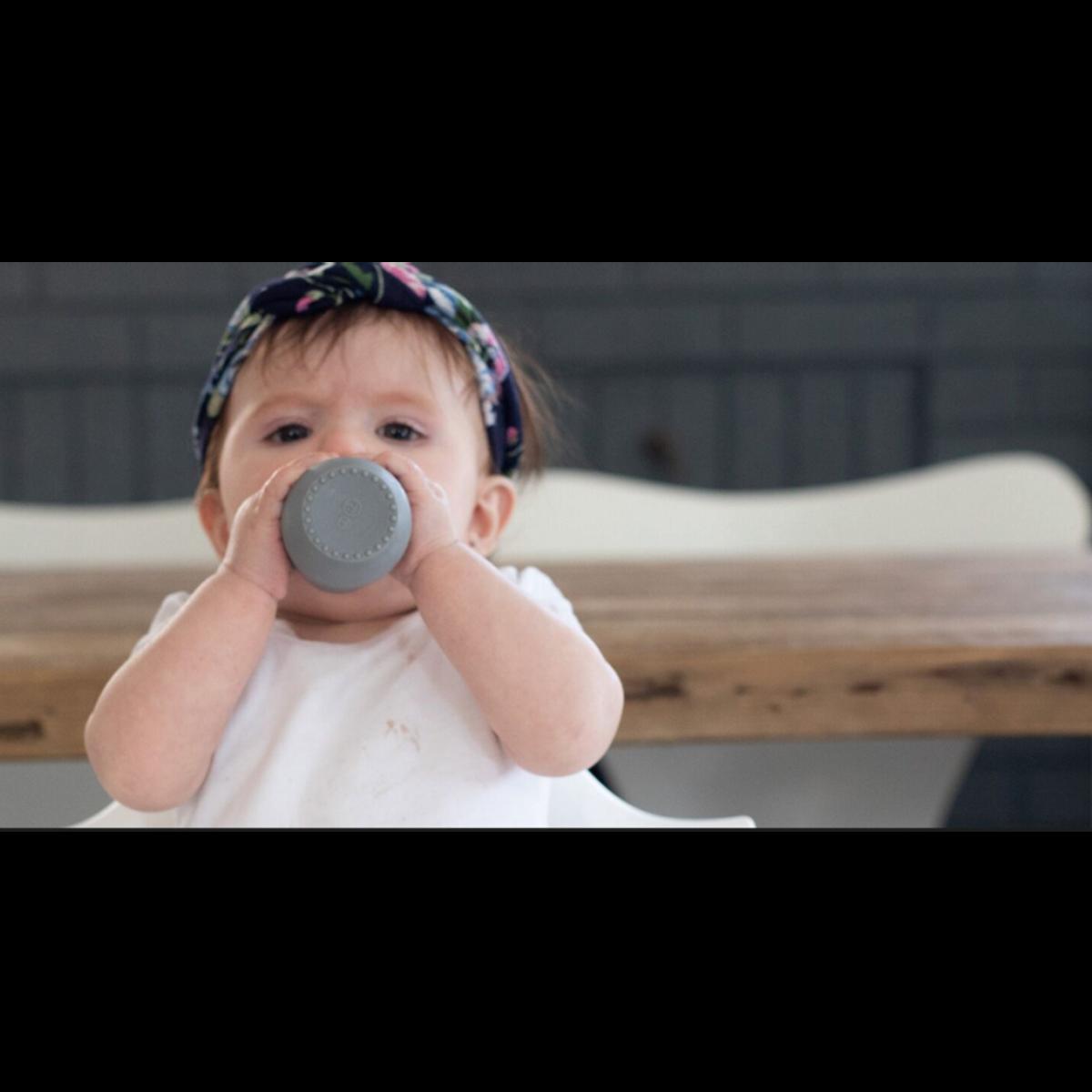 Ezpz | Tiny Cup | Grå