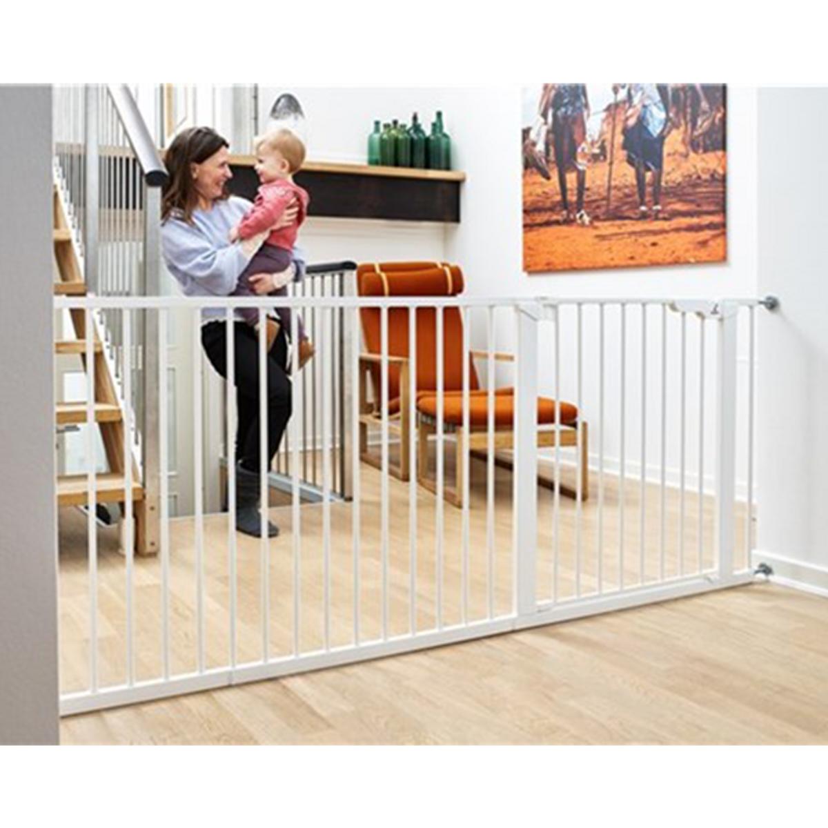 BabyDan Asta Sikkerhetsgrind | Wide 183 cm | Trykkmontert | Hvit