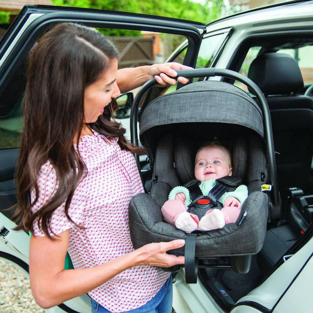 Joie I-Family 2 | I-Size Bilstolpakke 0-4 år
