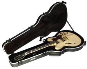 Bilde av SKB Gitarkoffert 335-style
