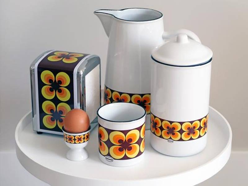 Eggeglass med gule blomster