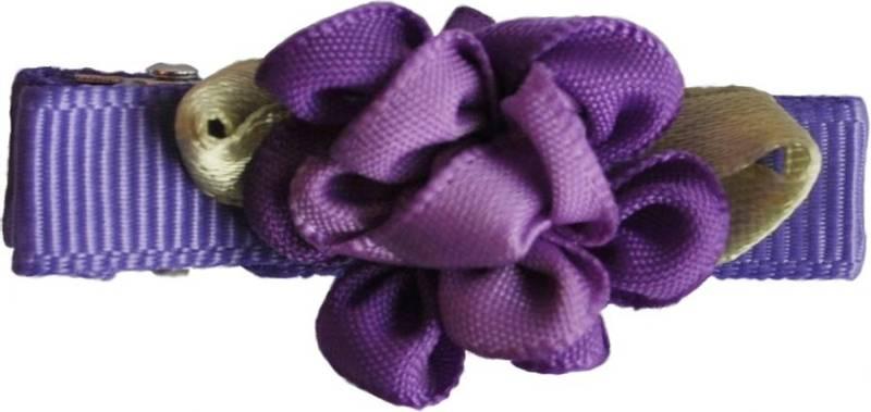 Hårspenne,mørk lilla blomst, 131 Den lille prikken over i'en