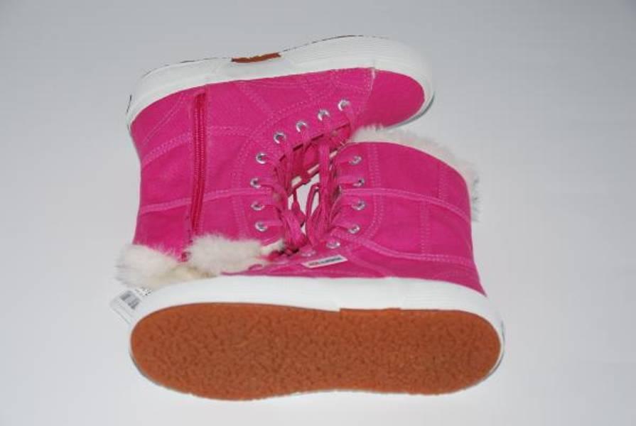 Superga, rosa vintersko med for