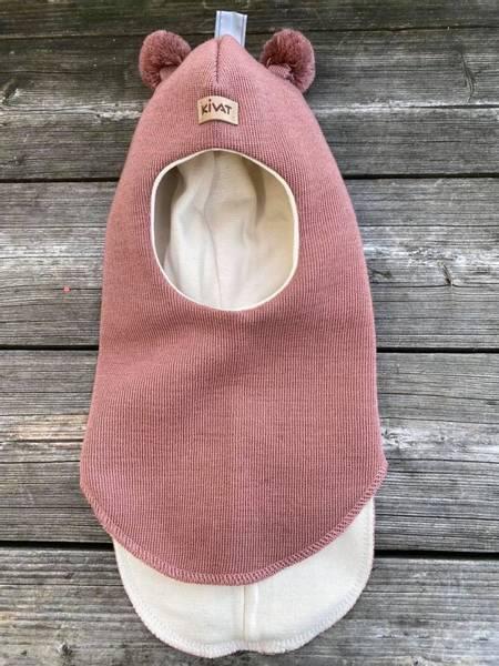 Kivat, lun rosa hettelue i ull med kivatlogo og dusker