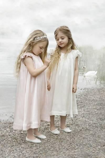 Leopold & Liva, Bianca hvit silkekjole