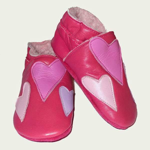 Celavi, rosa skinntøfler med hjerter