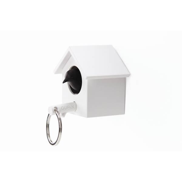 Qualy, cuckoo nøkkelring hvit hus/svart fugl
